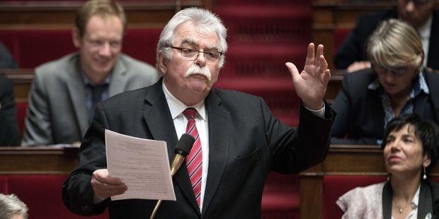 Dictature-technocratique-a-l-Assemblee-le-communiste-Chassaigne-s-en-prend-au-gouvernement