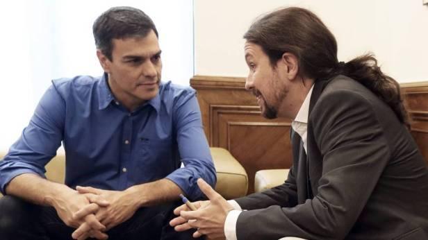 Pedro Sanchez et Pablo Iglesias